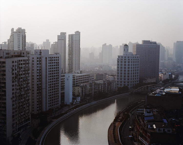 Suzhou-River,-Shanghai,-2009